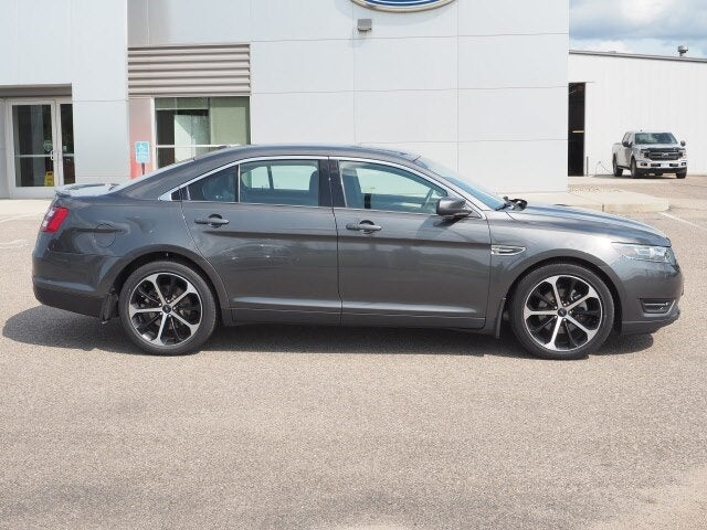 Used 2016 Ford Taurus SEL with VIN 1FAHP2E80GG149301 for sale in Annandale, Minnesota