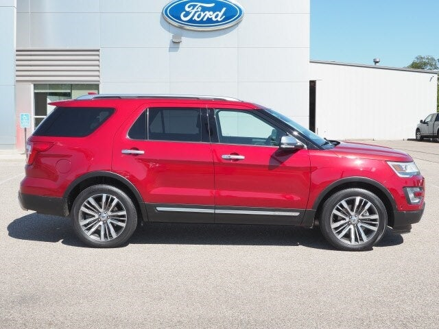 Used 2017 Ford Explorer Platinum with VIN 1FM5K8HT7HGD54951 for sale in Annandale, Minnesota
