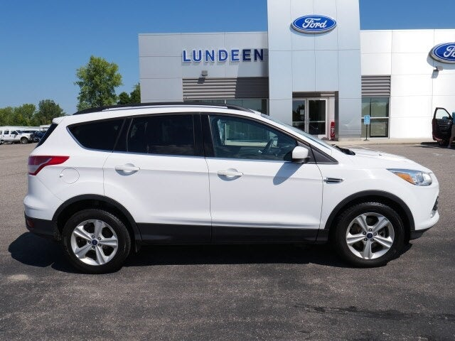 Used 2015 Ford Escape SE with VIN 1FMCU9GX5FUB62437 for sale in Annandale, Minnesota